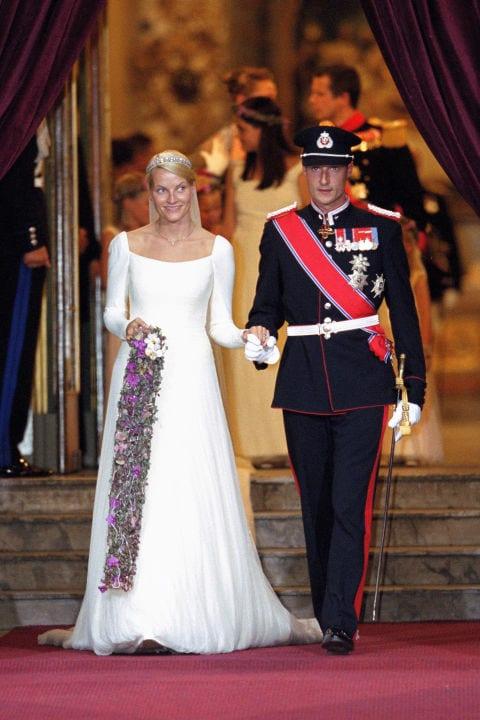 Gorgeous Royal Wedding Dresses That Wowed the World   Worldation