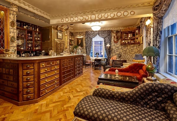 Upstairs-Opens-at-Mr-Foggs-Tavern-with-Londons-Largest-Gin-Collection