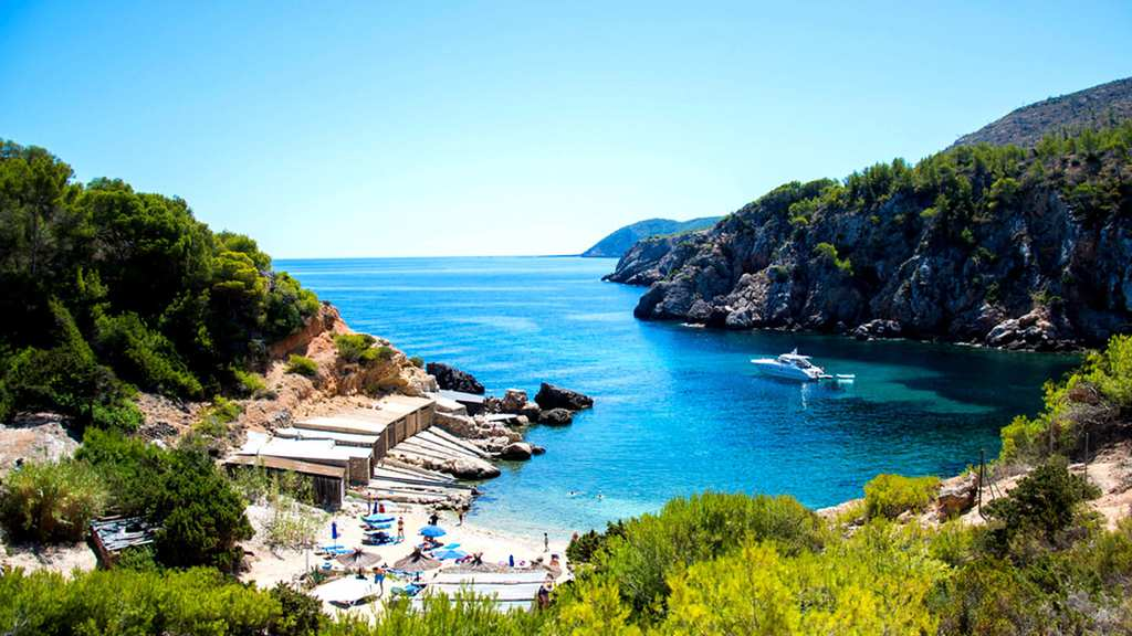 best-beach-in-ibiza