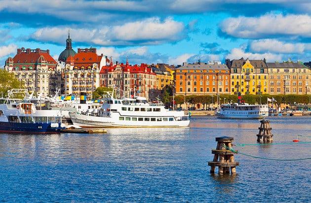 sweden-stockholm-boat-sightseeing