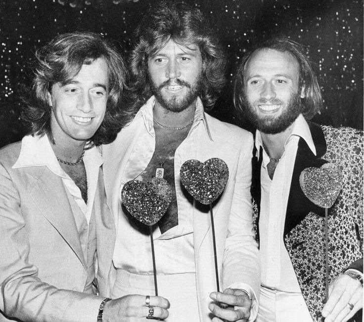 Celebrity glasgow rangers fans singing