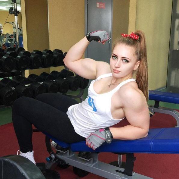 female muscle girl