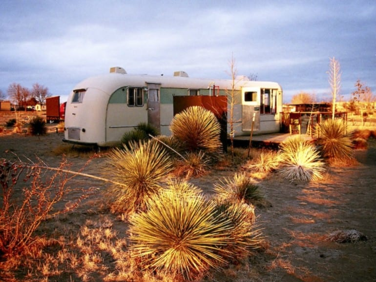 El-Cosmico-in-Marfa-at-sunset_210957