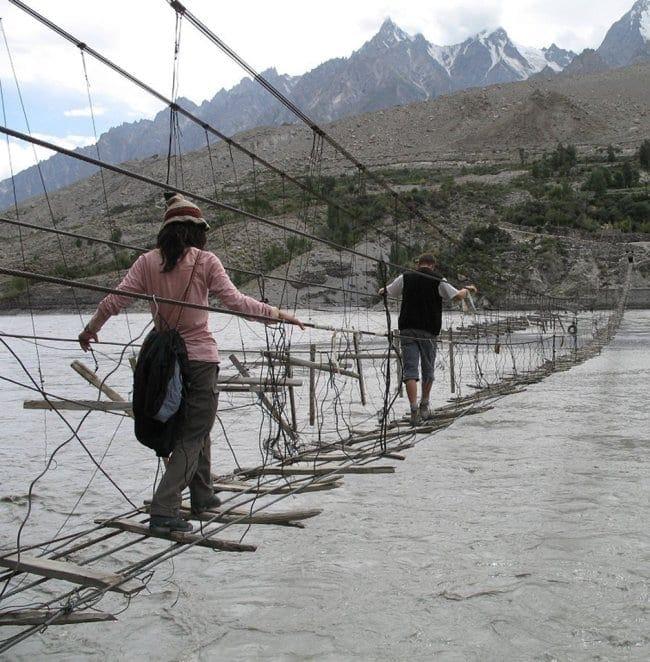 Hussaini+Hanging+Bridge.1